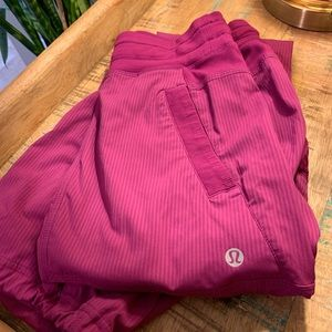 Lululemon Dance Studio Pants Size 2 in Fuchsia